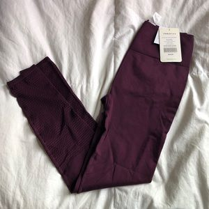 NWT Fabletics Seamless Leggings